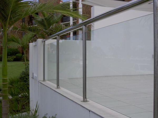 Safe Glass Balustrades for Property